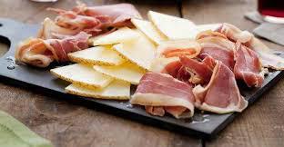 Sonka és sajt, mint előétel